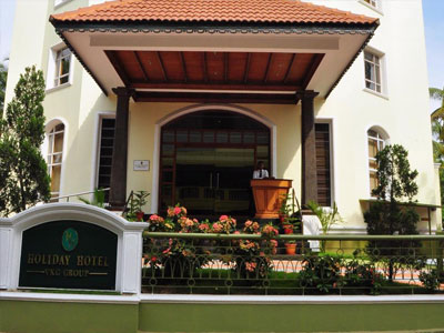 HOLIDAY HOTEL,Cherai Beach Hotel