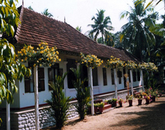BREEZE INN HOMESTAY