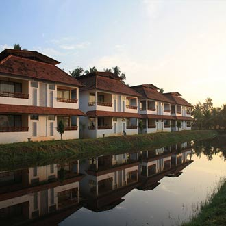 THE MANOR BACKWATER RESORT
